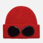 Шапка C.P. Company Extrafine Merino Wool Goggle Pompeian Red фото - 0