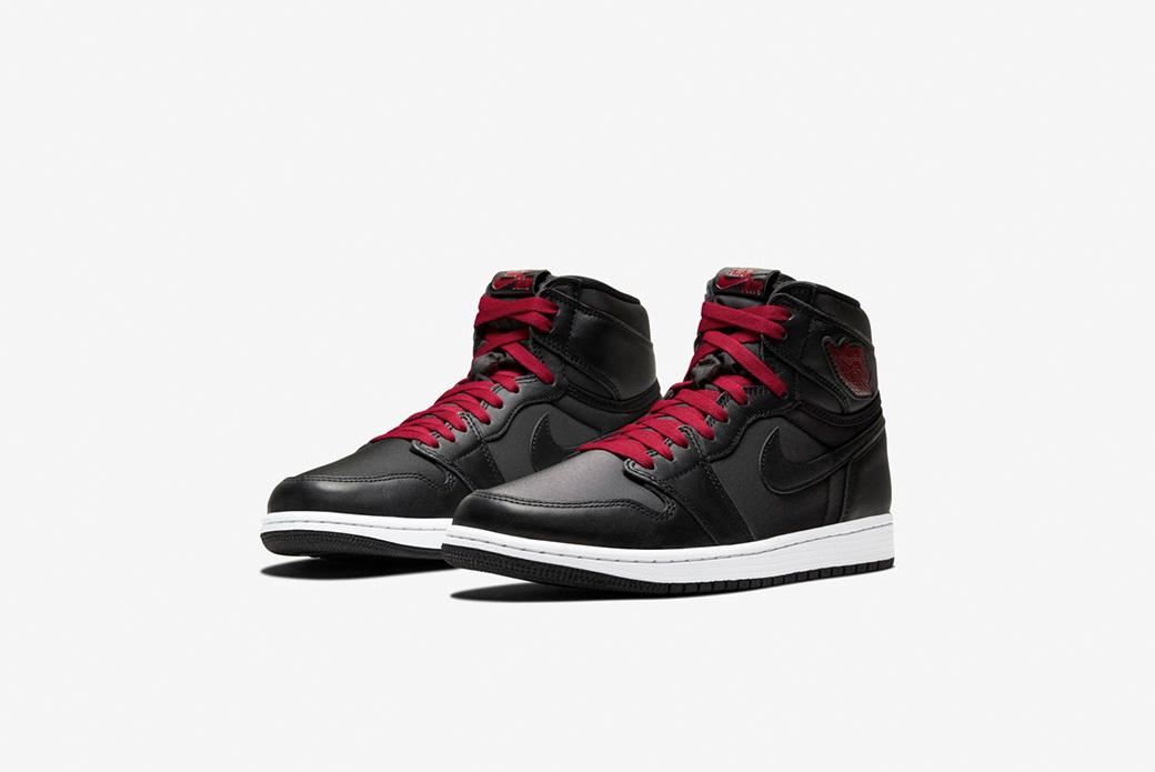 Air Jordan 1 Retro High OG Black/Gym Red: открытие года