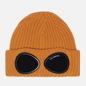 Шапка C.P. Company Extra Fine Merino Wool Goggle Desert Sun фото - 0