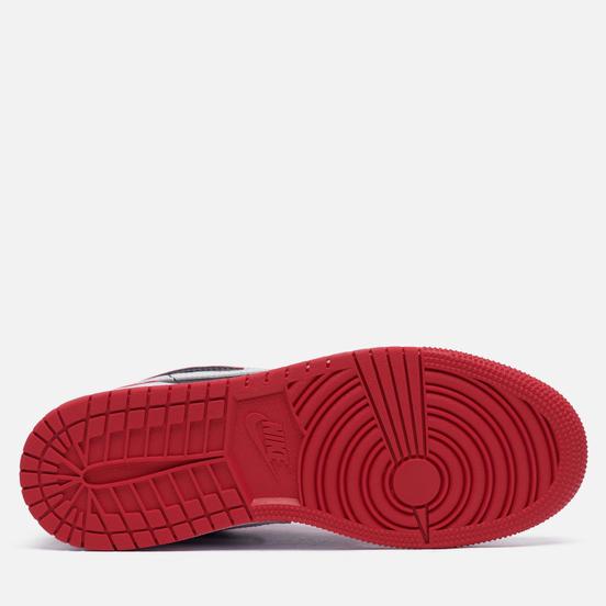 Подростковые кроссовки Jordan Air Jordan 1 Low GS Black/White/Very Berry