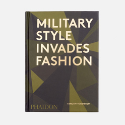 Книга Phaidon Military Style Invades Fashion