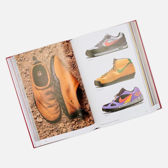Книга TASCHEN The Ultimate Sneaker Book