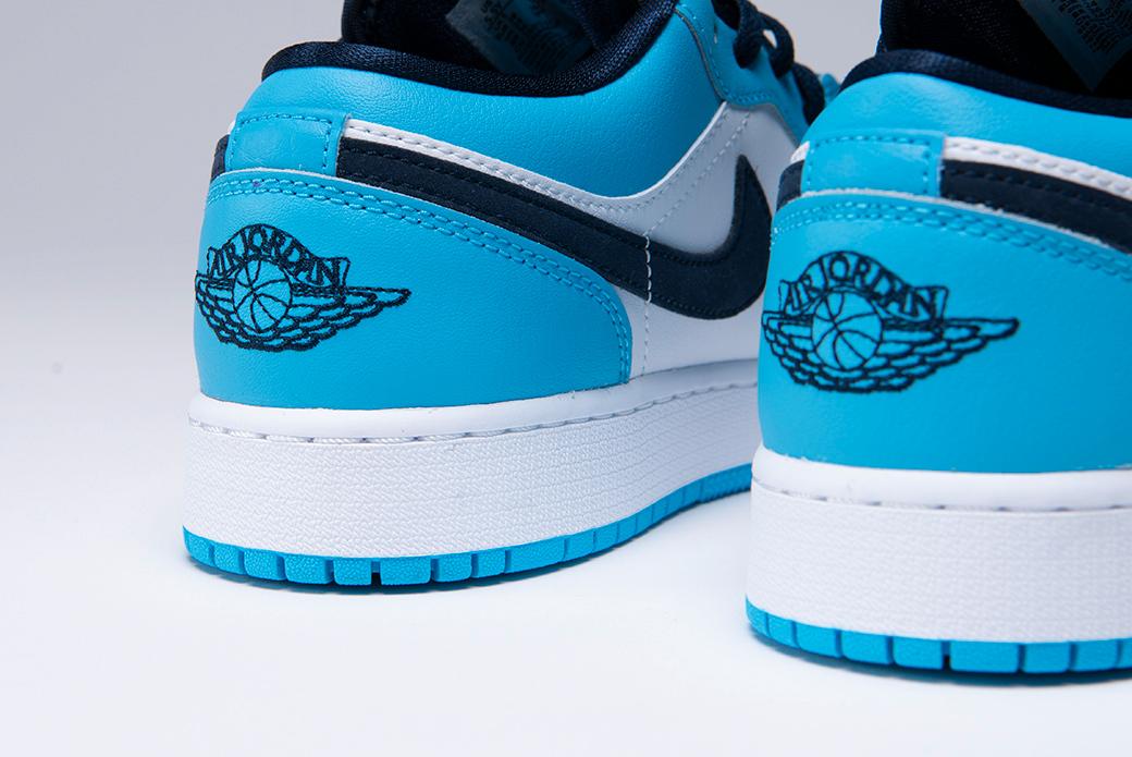 Air Jordan 1 Low GS UNC