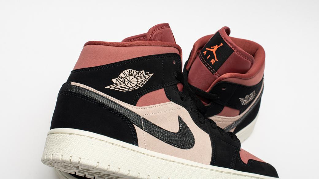 Air Jordan 1 Mid Canyon Rust WMNS: зной пустыни