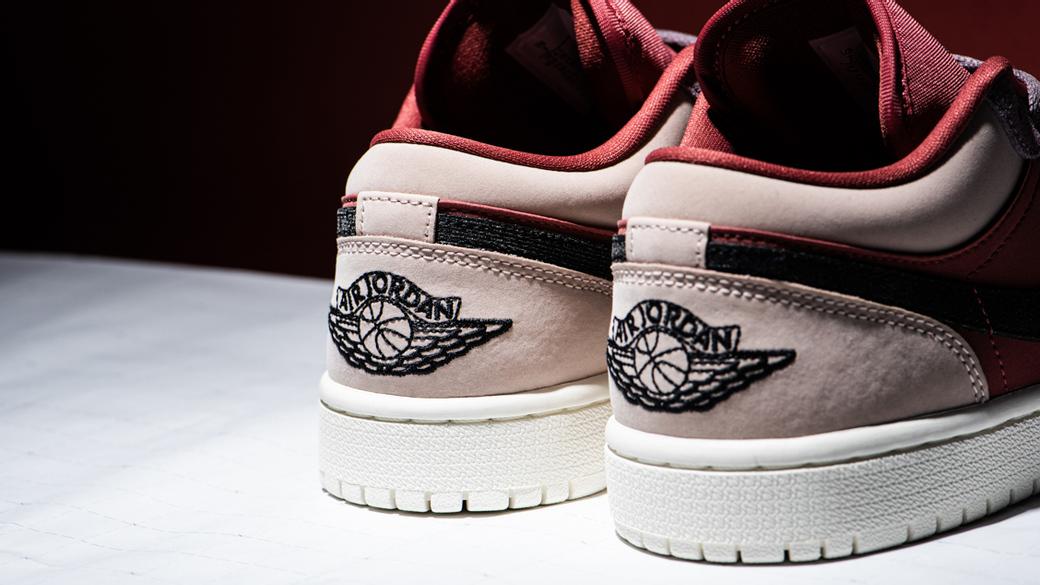 Air Jordan 1 Low Canyon Rust WMNS: в оттенках пустыни