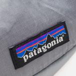 Сумка Patagonia Lightweight Travel Mini Hip Feather Grey фото- 2