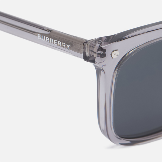 Солнцезащитные очки Burberry Carnaby Grey/Dark Grey