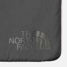 Чехол The North Face Flyweight Laptop 15 Asphalt Grey фото- 3