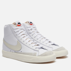 Женские кроссовки Nike Blazer Mid 77 White/Light Bone/Sail