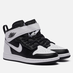 Подростковые кроссовки Jordan Air Jordan 1 High FlyEase GS Black/White