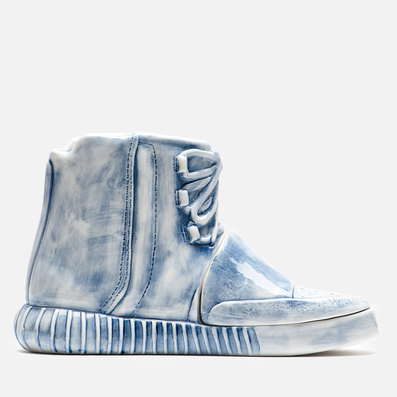 Фигурка Yeenjoy Studio Yeezy 750 White/Blue