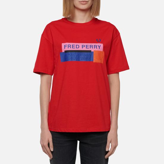 Женская футболка Fred Perry Colour Block Graphic Print Cherry Bomb