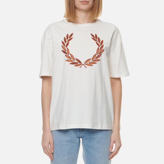 Женская футболка Fred Perry Laurel Wreath Snow White