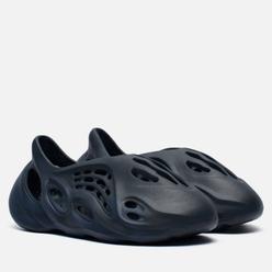 Сланцы adidas Originals YEEZY Foam Runner Mineral Blue/Mineral Blue/Mineral Blue