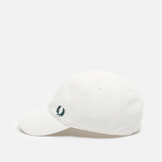 Кепка Fred Perry Pique Classic Snow White