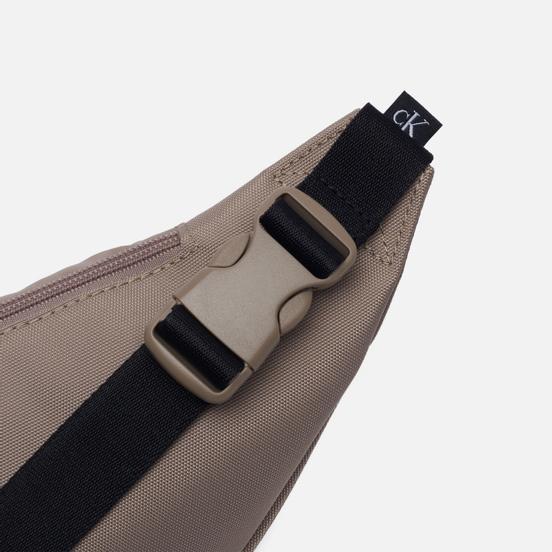 Сумка на пояс Calvin Klein Jeans Sport Essential Mirror Crockery