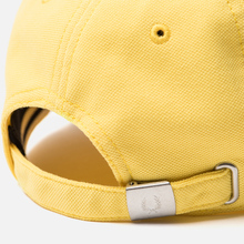Кепка Fred Perry Pique Classic Electric Yellow фото- 3