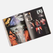 Книга Corraini Edizioni Ideas From Massimo Osti 432 pgs фото- 3
