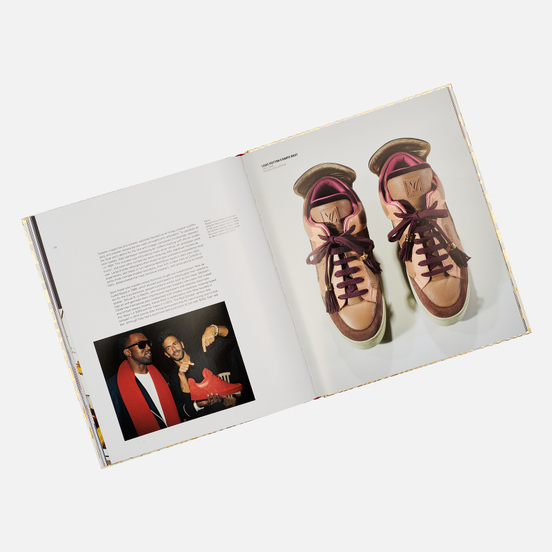 Книга Rizzoli Out Of The Box: The Rise Of Sneaker Culture