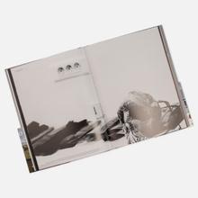 Книга Rizzoli Undercover 256 pgs фото- 3