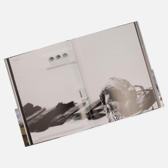 Книга Rizzoli Undercover 256 pgs