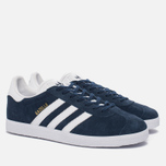 Кроссовки adidas Originals Gazelle Collegiate Navy/White/Gold Metallic фото- 2