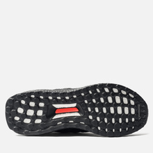Кроссовки adidas Performance x Manchester United FC Ultra Boost OG Core Black/Core Black/Real Red фото- 4