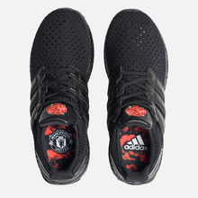 Кроссовки adidas Performance x Manchester United FC Ultra Boost OG Core Black/Core Black/Real Red фото- 1