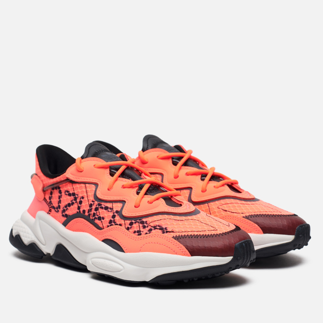 Кроссовки adidas Originals Ozweego Signal Coral/Signal Coral/Core Black