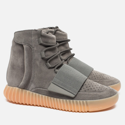 Кроссовки adidas Originals YEEZY Boost 750 Light Grey/Gum