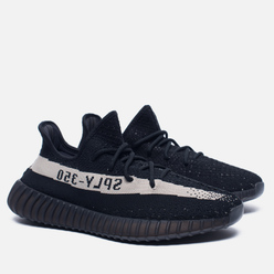 Кроссовки adidas Originals YEEZY Boost 350 V2 Core Black/Vintage White
