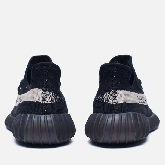 Кроссовки adidas Originals YEEZY Boost 350 V2 Core Black/Vintage White