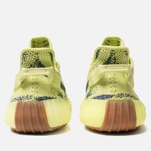 Кроссовки adidas Originals Yeezy Boost 350 V2 Semi/Frozen Yellow/Raw Steel/Red фото- 3