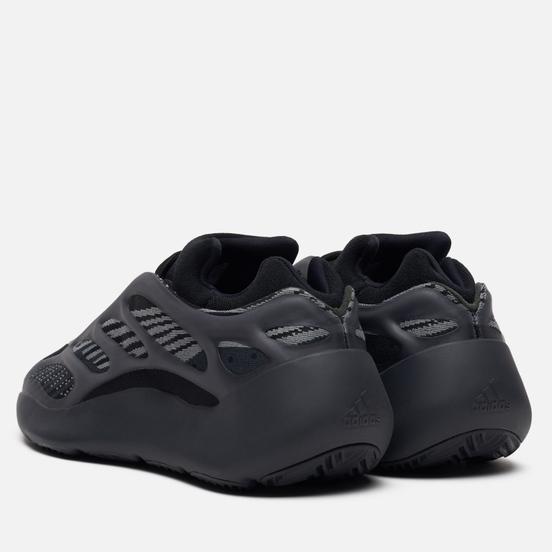 Кроссовки adidas Originals YEEZY 700 V3 Alvah/Alvah/Alvah