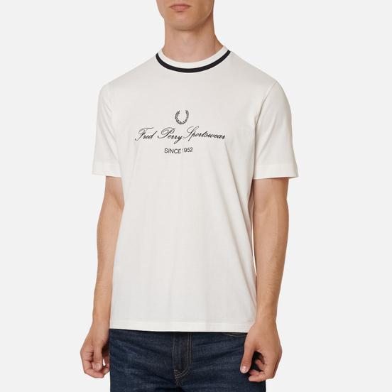 Мужская футболка Fred Perry Modernist Streetwear Script Embroidered Snow White