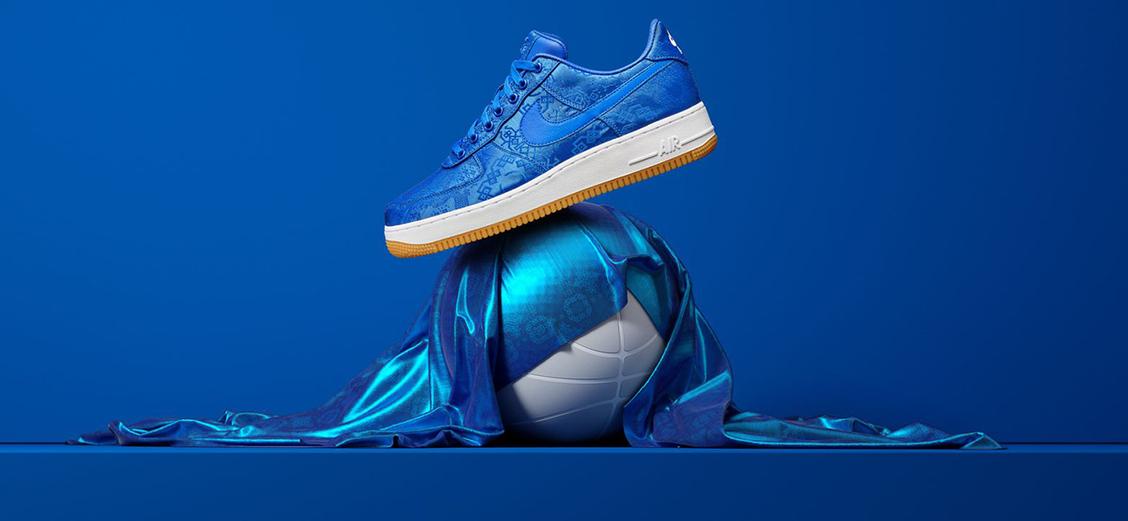 "Nike × CLOT ""Royal University Blue Silk"": два облика"
