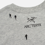 Мужская футболка Arcteryx Journey Down Light Grey фото- 2