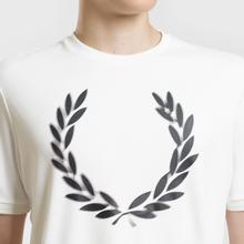 Мужская футболка Fred Perry Blurred Laurel Wreath Snow White фото- 3