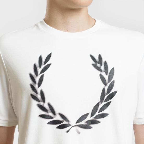 Мужская футболка Fred Perry Blurred Laurel Wreath Snow White