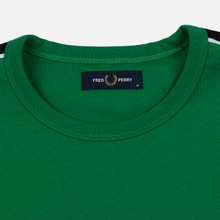 Мужская футболка Fred Perry Taped Shoudler Electric Green фото- 1