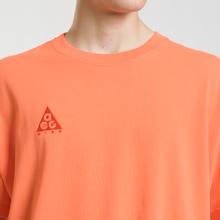 Мужская футболка Nike ACG NRG Logo Turf Orange/Habanero Red фото- 2