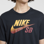 Мужская футболка Nike SB x NBA Dri-Fit Logo Black/Team Red/University Gold фото- 2