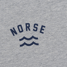 Мужская футболка Norse Projects Niels Ivy Wave Logo Light Grey Melange фото- 2