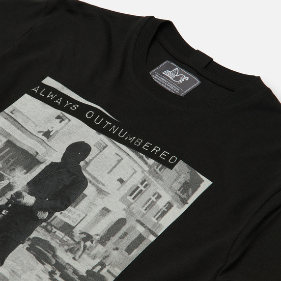 Мужская футболка Peaceful Hooligan Outnumbered Black