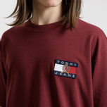 Мужская футболка Tommy Jeans Crest Flag Cabernet фото- 4