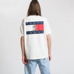 Мужская футболка Tommy Jeans Crest Flag Cloud Dancer фото- 5