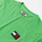 Мужская футболка Tommy Jeans Tommy Badge Neon Green Gecko фото - 1