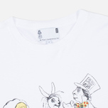 Мужская футболка YMC x British Library Alice in Wonderland Tea Party White фото- 1