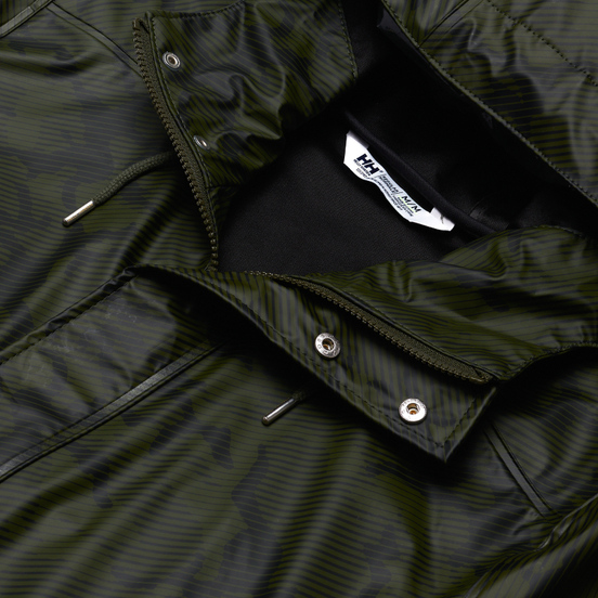 Мужская куртка дождевик Helly Hansen Moss Rain Forest Camo