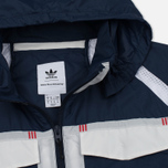 Мужская куртка ветровка adidas Originals x White Mountaineering Field Collegiate Navy фото- 2
